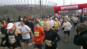 Ruszyli. Kilka tysięcy biegaczy w centrum
