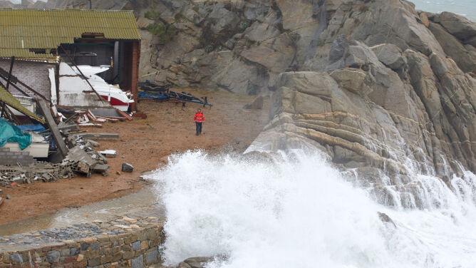 W Hiszpanii zginęło osiem osób. <br />Teraz sztorm Gloria dotarł do Francji
