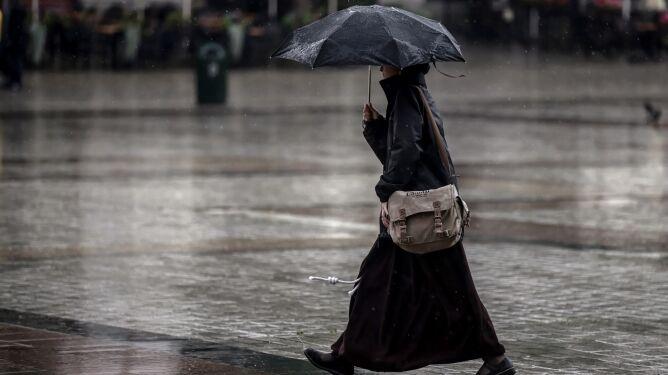 Pogoda na dziś: deszcz i burze, ale nie wszędzie. Będzie chłodniej